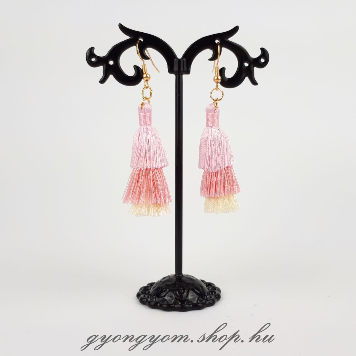 Vilma rózsaszín bojtos fülbevaló