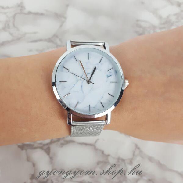 Milla ezüst színű óra